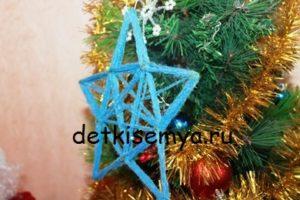 Новогодняя звезда из ниток