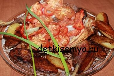 celaya-kurica-v-duxovke-s-pomidorami