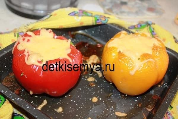 perec-farshirovannyj-myasom-v-duxovke