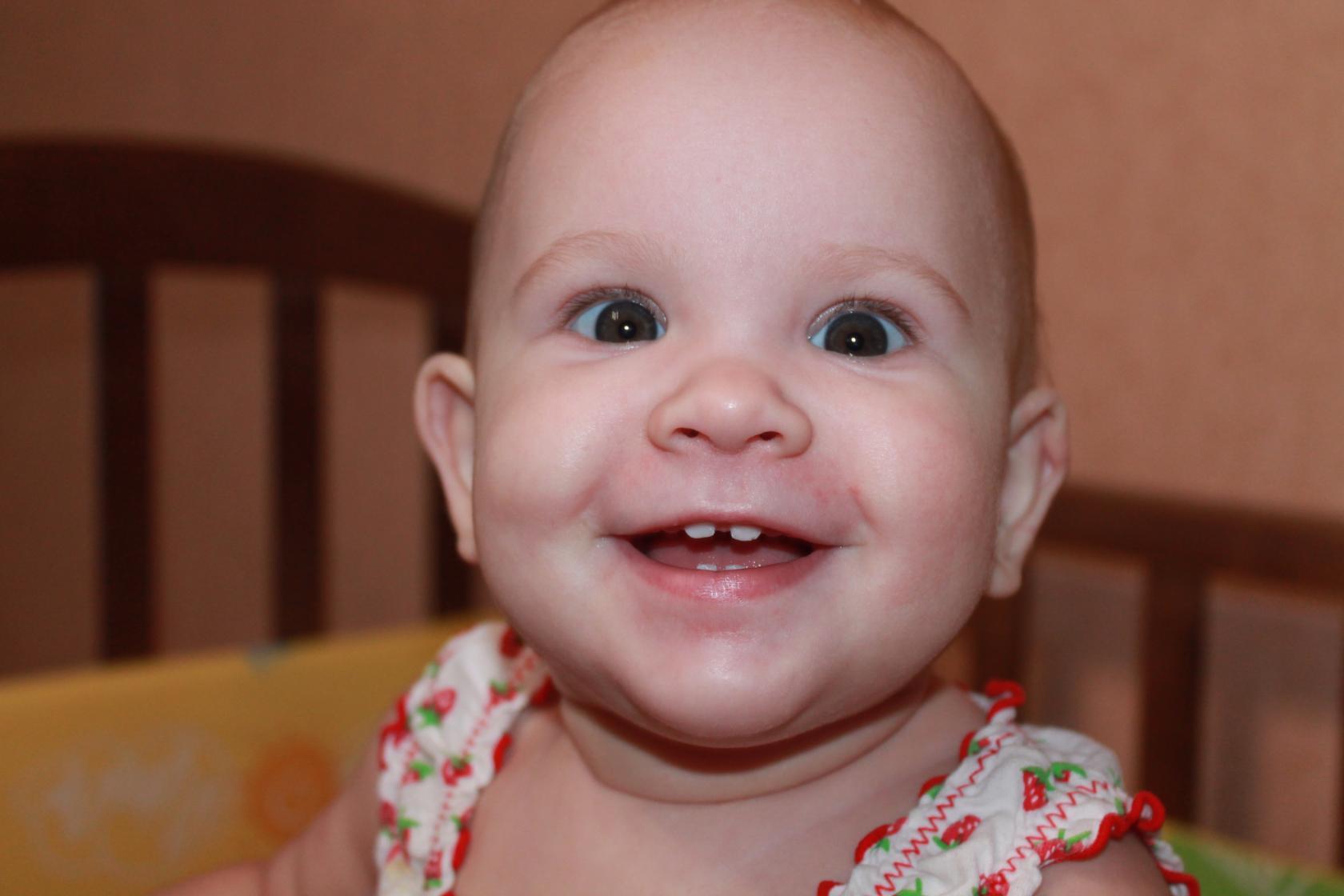 Почему дети скрипят зубами