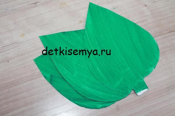 cvety-iz-shishek-sosnovyx