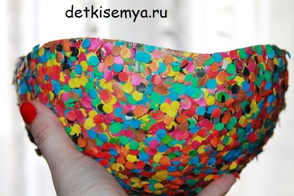 vaza-iz-konfeti