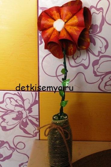 cvetok-iz-tualetnyx-vtulok
