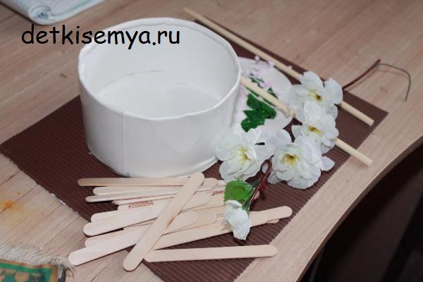 neobychnaya-podelka-svoimi-rukami