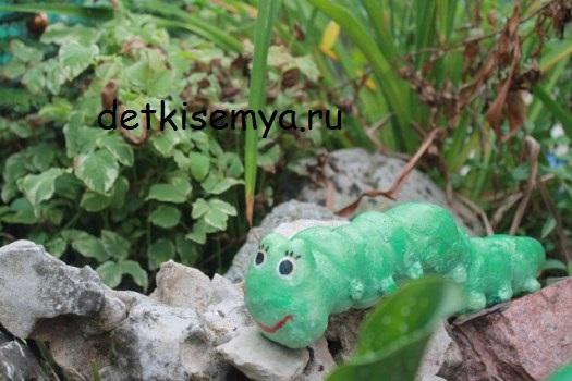gusenica-iz-gipsa