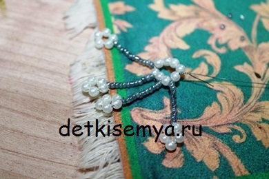 snezhinka-iz-kruglogo-bisera