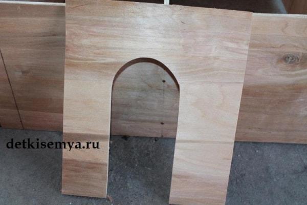 domik-dlya-kukol-svoimi-rukami-iz-fanery-chertezhi