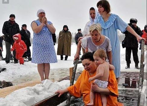 как на крещение купаться женщинам и девушкам