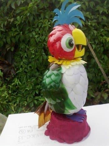 попугай своими руками для сада