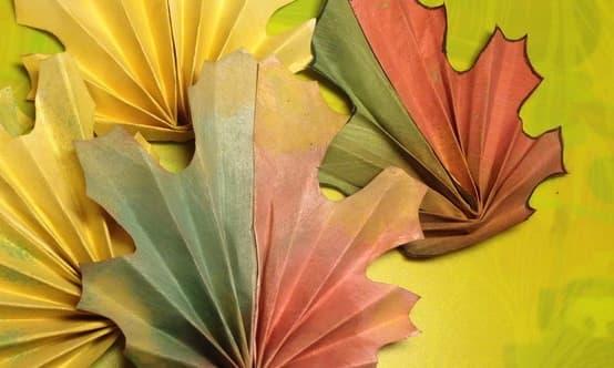 осенние листы из бумаги