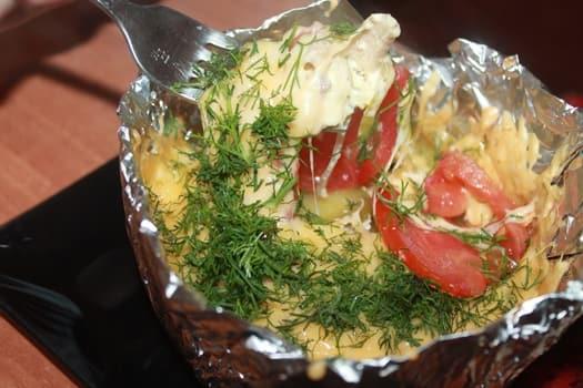 картошка в горшочках с мясом в духовке